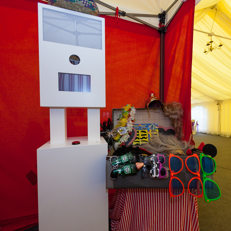 BeachHutBooth | Fun and Funky Photobooth Hire | Devon | Cornwall | Somerset | Dorset